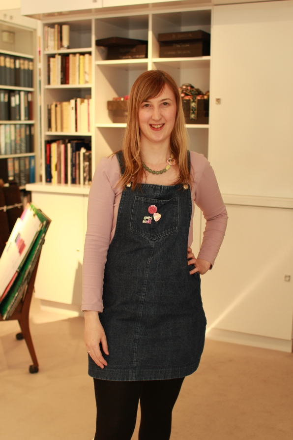 Me Made May outfit two: Deer and Doe Plantain tee and @tillybuttons Cleo dungaree dress